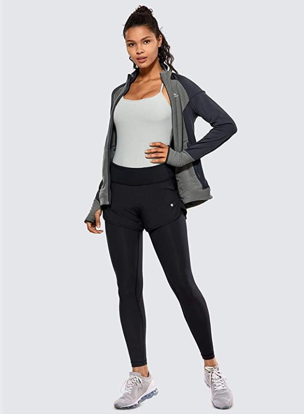 girl modeling leggings